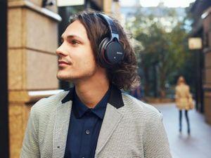 Беспроводные наушники sony mdr-as600bt поддерживают аудио высокого разрешения