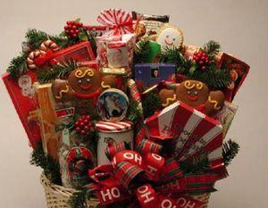 Что подарить старикам на «новый год»?
