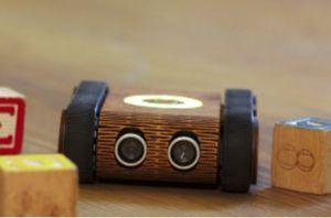 Codie — умный робот, обучающий детей программированию