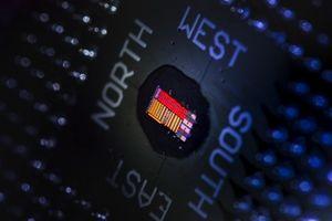Cоздан первый рабочий прототип однокристального электронно-оптического процессора