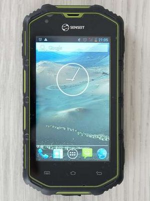 Обзор senseit r390: смартфон в доспехах