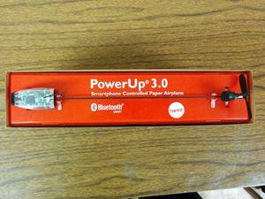 Разбираем радиоуправляемый бумажный самолетик powerup 3.0 на запчасти