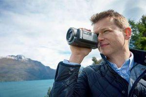 Sony представила новые модели видеокамер серии handycam