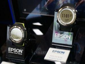 Спортивные gps-часы epson runsense и браслеты pulsense помогут следить за свои организмом