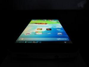 Zte v987 — 4-х ядерный смартфон с отличным экраном